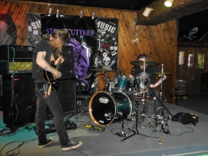 R'lyeh Live at the 5th Quarter Lounge in Indianapolis. They're just guitar and drums, but so much sound! (Credit: Jonathan Sanders)